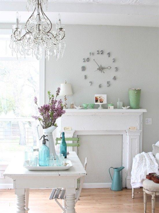 Shabby Chic Möbel Kommen In Vielen Farben Und Wirken Gebraucht Oder  Altmodisch. Sie Können Leicht Einen Shabby Chic Look Erreichen. Streichen  Sie Einen