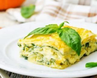 Lasagnes diététiques aux épinards, basilic et mozzarella pour petit budget…