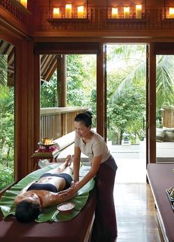 #luxbride Another must do on the honeymoon itinerary Koh Samui Resort | Thailand Resort | Four Seasons Resort Koh Samui