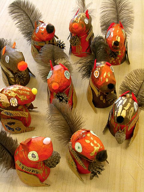 Aren't these adorable? paper mache squirrels