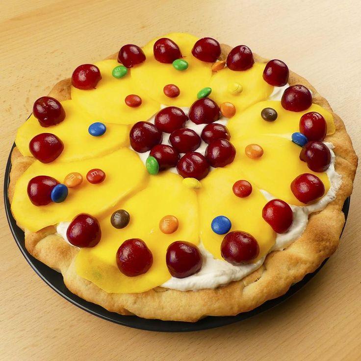 Prăjitură cu fructe.  #suntgospodină #suntogopodină #desert #delicios #gustos