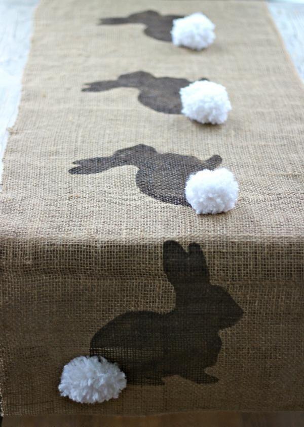 tischläufer leinen-Ostern Tischdeko-basteln Hasenschwänzchen