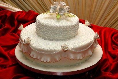 bolo de 2 andares redondo de casamento