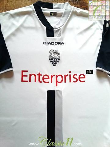 Relive Preston North End's 2006/2007 season with this original Diadora home football shirt.