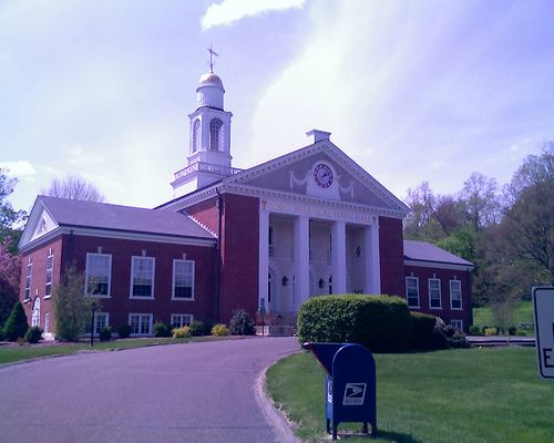 Washington Depot, CT Town Hall by Steve Clancy, via Flickr
