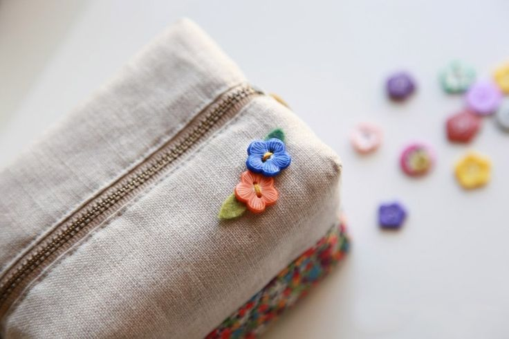 How to make cute block zipper pouch / handbag . DIY photo tutorial and template pattern. Косметичка с выкройкой. МК в фотографиях.