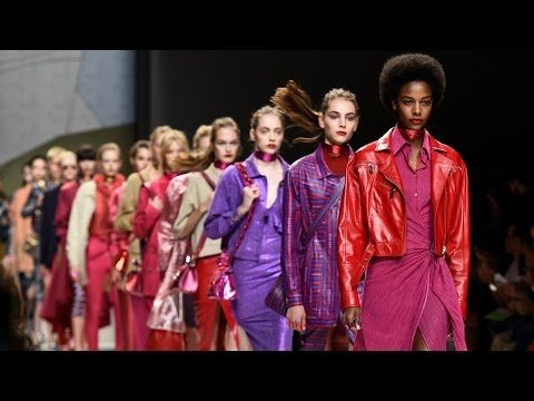 Click and Watch the video of the TRUSSARDI SS17 Womenswear show. #ElegantlyPop #Trussardi
