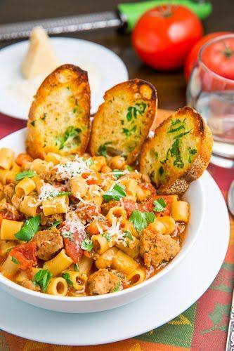 Pasta e Fagioli Soup (Italian Bean and Pasta Soup)