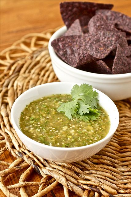 I'm making this tomorrow!  I can't wait! - Roasted Tomatillo Salsa [Salsa Verde] by Smells Like Home