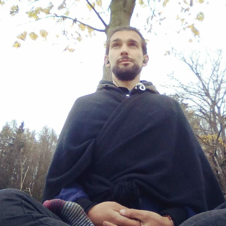 Little auto#selfie from videomaking ... It was very cold and #rainy.. but we Are living our #passions right ?
