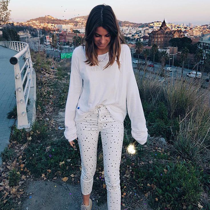 """40.8 mil Me gusta, 95 comentarios - Marta Riumbau (@riumbaumarta) en Instagram: """"Ahora si... FELIZ AÑO!!!!  ¿como lleváis el primer día del año? A las 20h tendréis vídeo!!"""""""