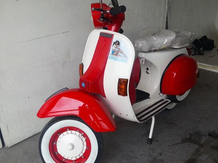 Olah Vespa painted by PAZ.