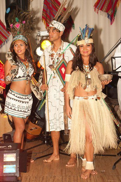 Tanzgruppe Raices Peruanas Wien: TRAJE TIPICO DE LORETO ZONA SELVA