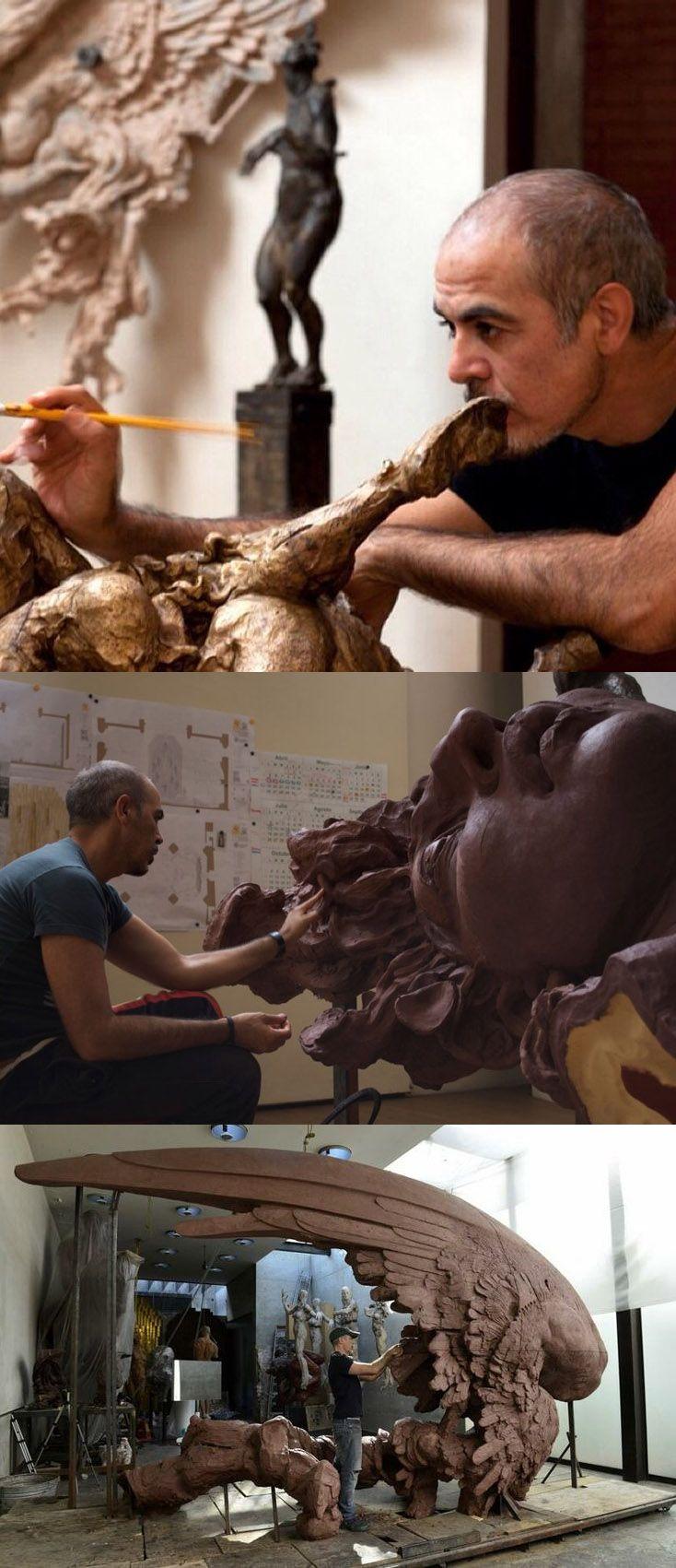 Hombre Reclinado - Obra del Artista Escultor Mexicano Javier Marín.✿⊱╮
