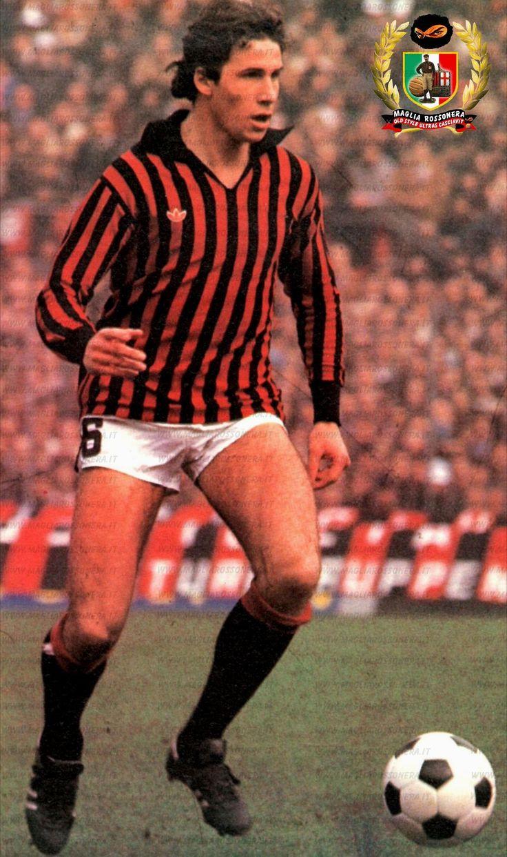 Franchino Baresi, conocido popularmente como Franco Baresi, (nacido el 8 de mayo de 1960 en Travagliato), es un ex futbolista italiano, conocido como uno de los mejores defensas de la historia.1 2 Desarrolló toda su carrera en el AC Milan.