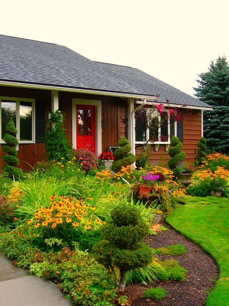 241 Best Images About Garden On Pinterest Gardens Small 400 x 300