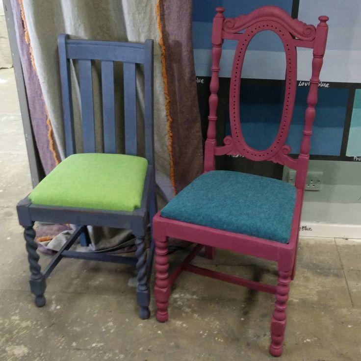 Tag 1 in Oxford bei Annie Sloan: chair workshop - es war eine tolle Erfahrung Many thanks to @anniesloanhome and her whole wonderful team.  #anniesloan #chalkpaint #stoffe #fabric #stuhl #stuhlworkshop #chair #chairworkshop #umgarnerei #bamberg #anniesloanchalkpaint #selbstgemacht #doityourself #möbel #streichen #furniture #paint #anniesloanstockist  #anniesloanstockistgermany #anniesloanhändler