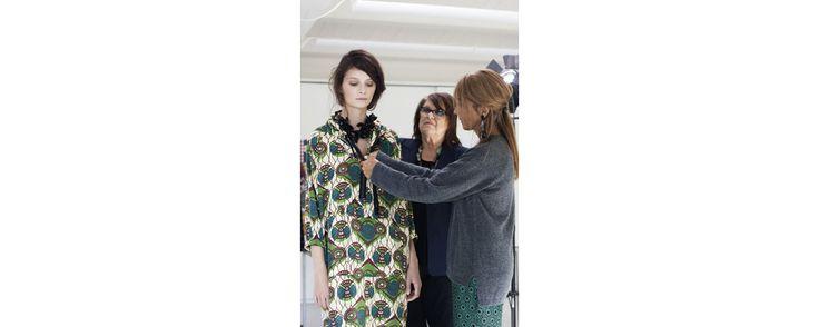 Kate Moss en David Bowie pour le Vogue Paris de Noël, Sarah Burton élue meilleur designer de l'année 2011 aux British Fashion Awards, Marni pour H&M... toutes les news qu'il ne