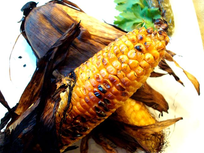 How to roast corn on the grill