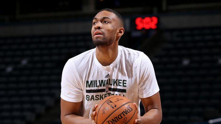 Milwaukee Bucks forward Jabari Parker hopes to return within two weeks before All-Star game