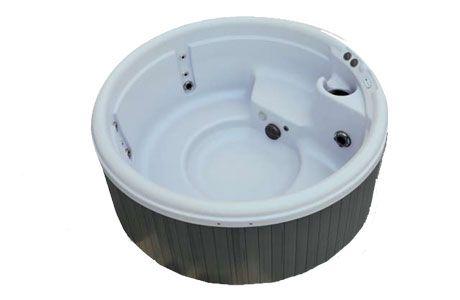 25 best ideas about jacuzzi ext rieur on pinterest terrasse jacuzzi piscine jacuzzi and. Black Bedroom Furniture Sets. Home Design Ideas