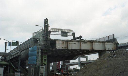 国道2号線より阪神高速3号線を望む(長田区湊川ランプ~中央区メリケンパーク)