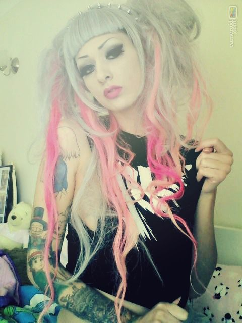 Nice fashion but check out this girls tattoos she 39 s got for Pastel goth tattoos
