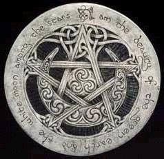 spiral: Witchi Things, Green Earth, A Tattoo'S, Witchi Stuff, Pagan Symbols, Pagan Life, Witchcraft Symbols, White Moon, The Moon