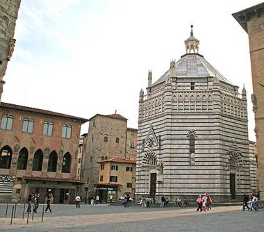 Pistoia - baptistery