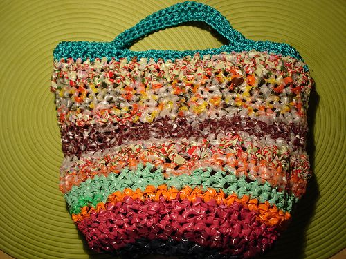 Resultado de imagen para 20 ideas para reciclar bolsas de plastico