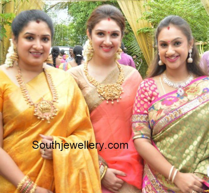 Vijayakumar Daughters in Traditional Jewellery