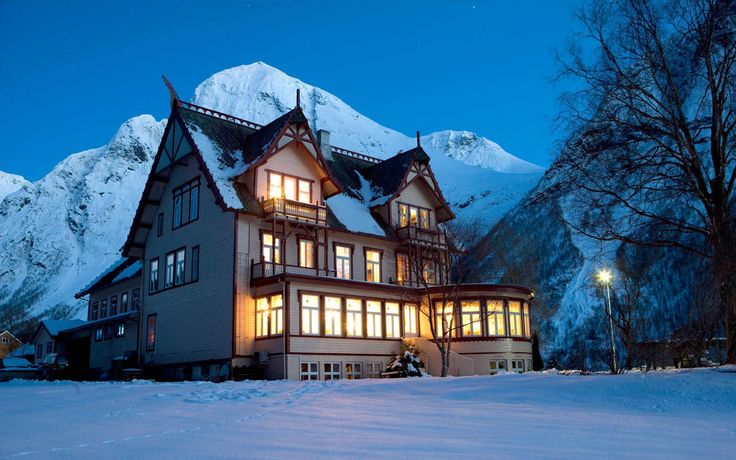 Hotel Union Øye Rural Coastal Norway