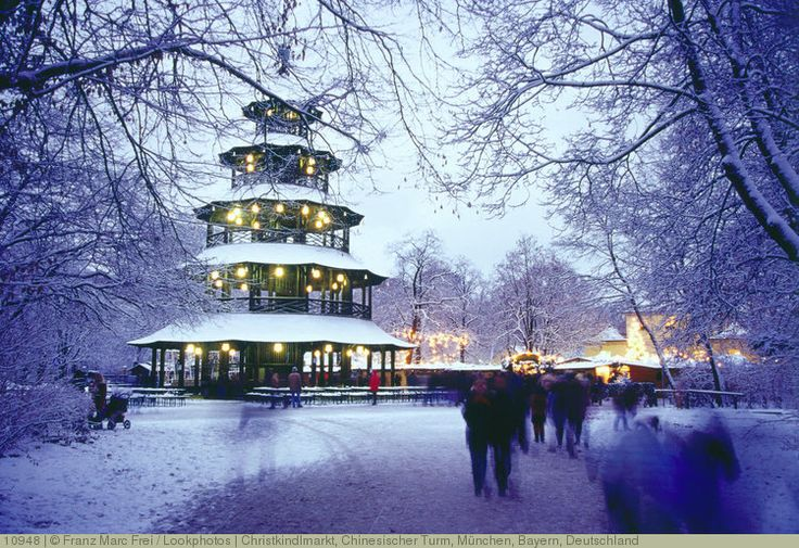 Christkindlmarkt, Chinesischer Turm, München, Bayern, Deutschland