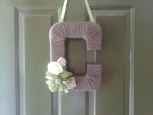 """""""C"""" Wreath for my sister-n-law turned out so cute & super simple gift idea!!"""