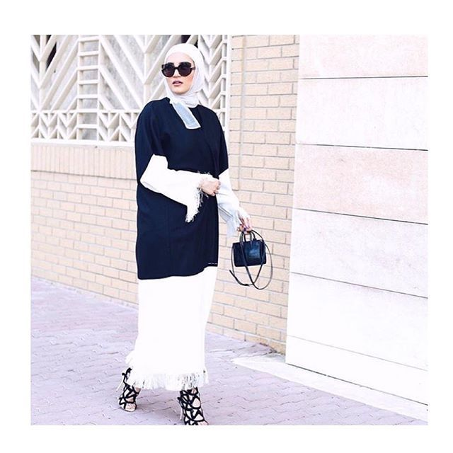 Striking in fringes  @dalalid  Its back on stock 😍 #abaya #fashion #fashionista #fashionblog #fashionblogger #style #love #glam #beauty #girl #me #bestoftheday #cute #photooftheday #tbt #uaefashion #dubaifashion #qatarfashion  Visit our website to see our collections and prices
