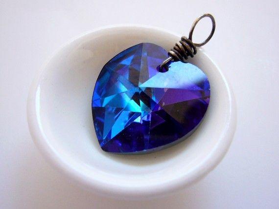 Jewels Pendants, Shape Royal, Heart Shape, Blue Jewels, Royal Blue Accessories, Blueheart, Heart Shapped Pendants, Blue Heart, Royal Blue Jewelry