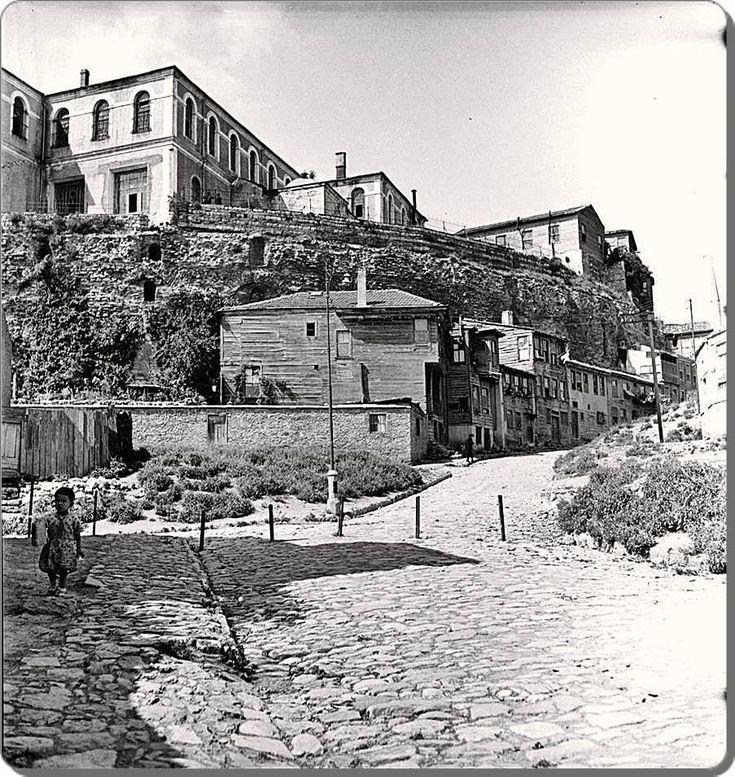 Twitter / NataliAVAZYAN: Sultanahmet - 1935