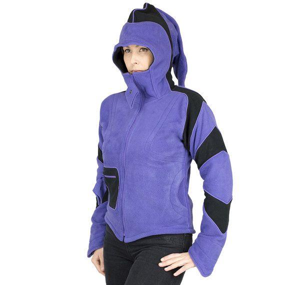 ELF veste femme en polaire, capuche longue pointue, formes géométriques aux manches, veste