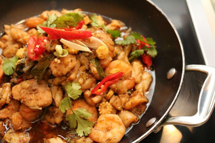 'Kra-pao Talay' (Stir-Fried Seafood with Holy Basil)