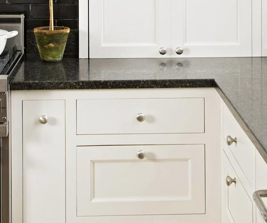 Full Inset Cabinets Have Drawers And Doors That Fit Flush With The Face  Frame.