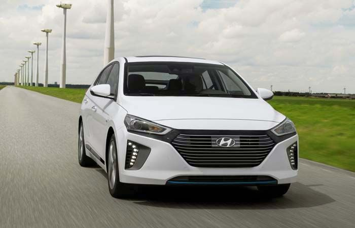 2018 Hyundai Ioniq overview