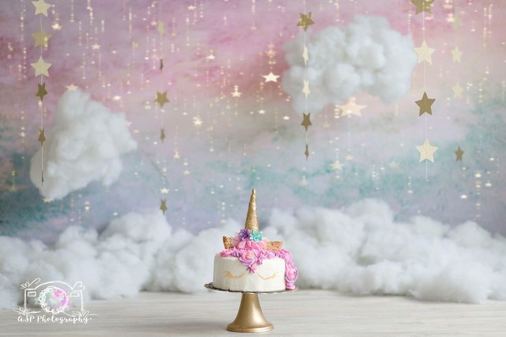 unicorn cake for a party