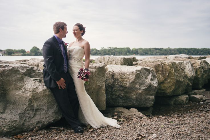 Truth & Tales - Niagara on the Lake, Ontario, Bride and Groom - Portraits - Niagara wedding - photography - www.truthandtalesstudio.com