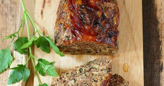 Pain de viande à l'italienne (polpettone). Un plat familial, très simple à préparer et un régal pour les grands et les petits.