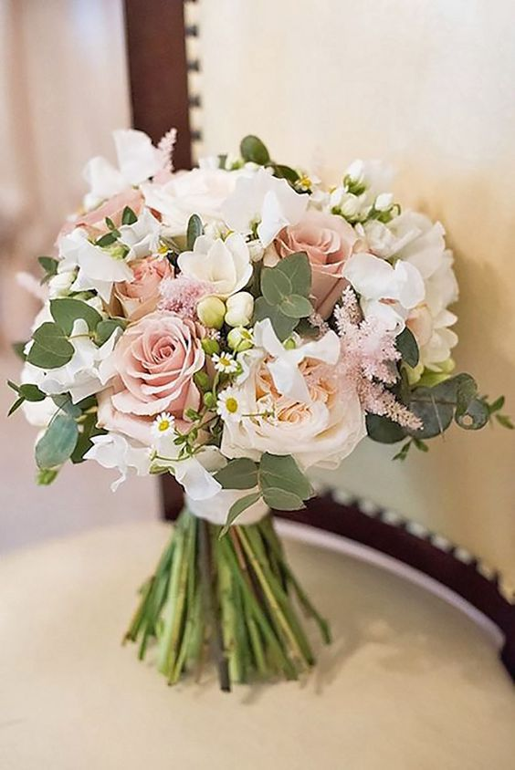 18 Glamorous Blush Wedding Bouquets That Inspire ❤ See more: #weddings #bouquets
