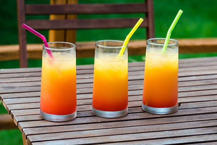 Que tal descobrir algumas bebidas deliciosas para fazer em casa? Confira na nossa nova coluna Receitas de Drinks e divirta-se preparando essas delícias!