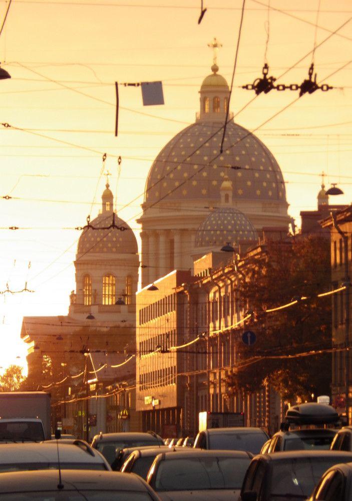 Троицкий собор на закате
