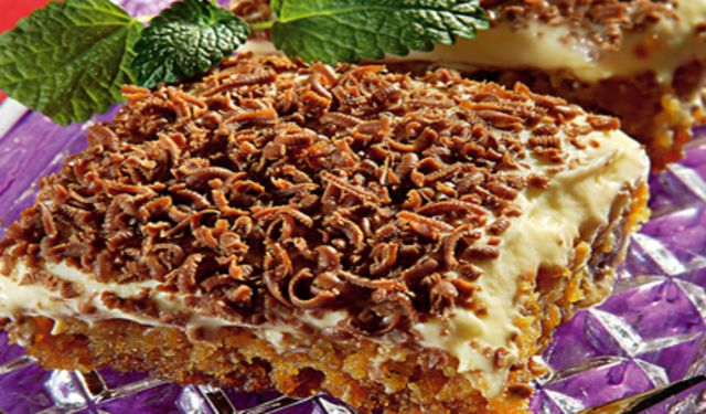 Dobrá rada:  Do krému namiesto uvareného pudingu môžete použiť 2 až 3 tégliky hotového vanilkového pudingu. Nielenže ušetríte čas pri príprave, ale krém bude ešte lahodnejší.