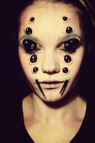 This terrifying spider woman. | 21 Halloween Transformations That'll Scare The Crap Out Of You