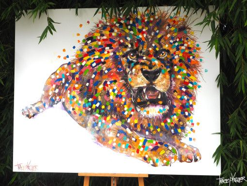 Tracey Keller Painting Robbie the Lion